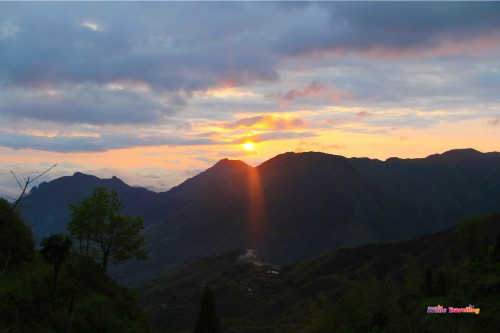 117-Sun rise in Yunhe