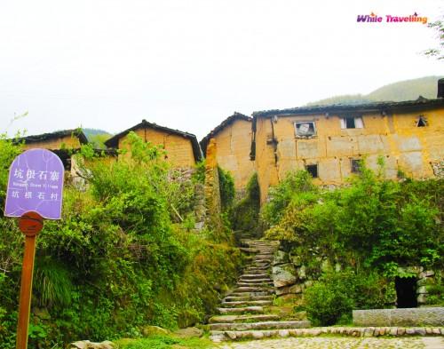 94-Kenggen Stone Village
