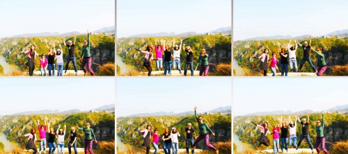 Jumping with friends in Tianzhu Wonderland Scenic Area in Xinchang