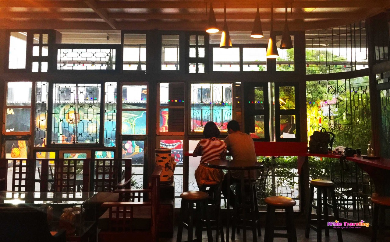 best-cafes-in-ho-chi-minh-vietnam-while-travelling300
